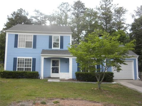 Photo of 1528 Shenta Oak Dr, Norcross, GA 30093