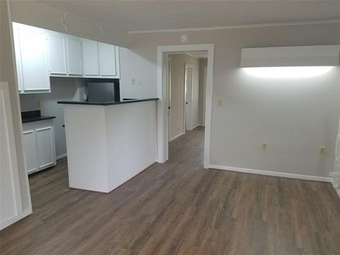 Columbus Tx Apartments For Rent Realtor Com