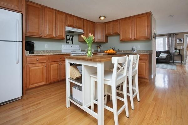 25 Robins St, East Bridgewater, MA 02333