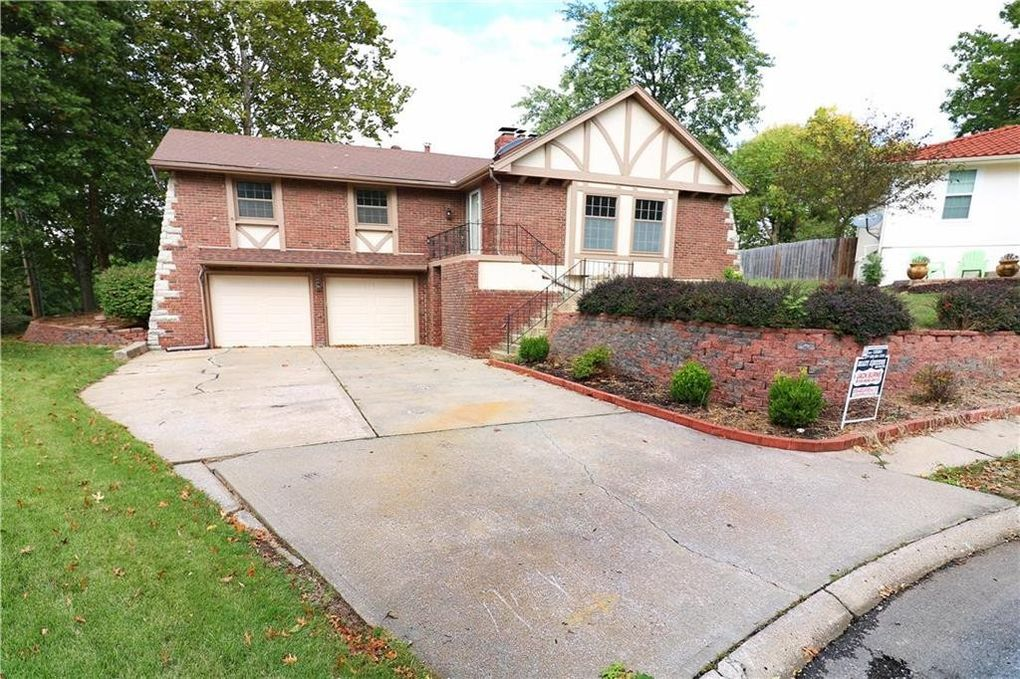 16006 E 40th Ter S, Independence, MO 64055