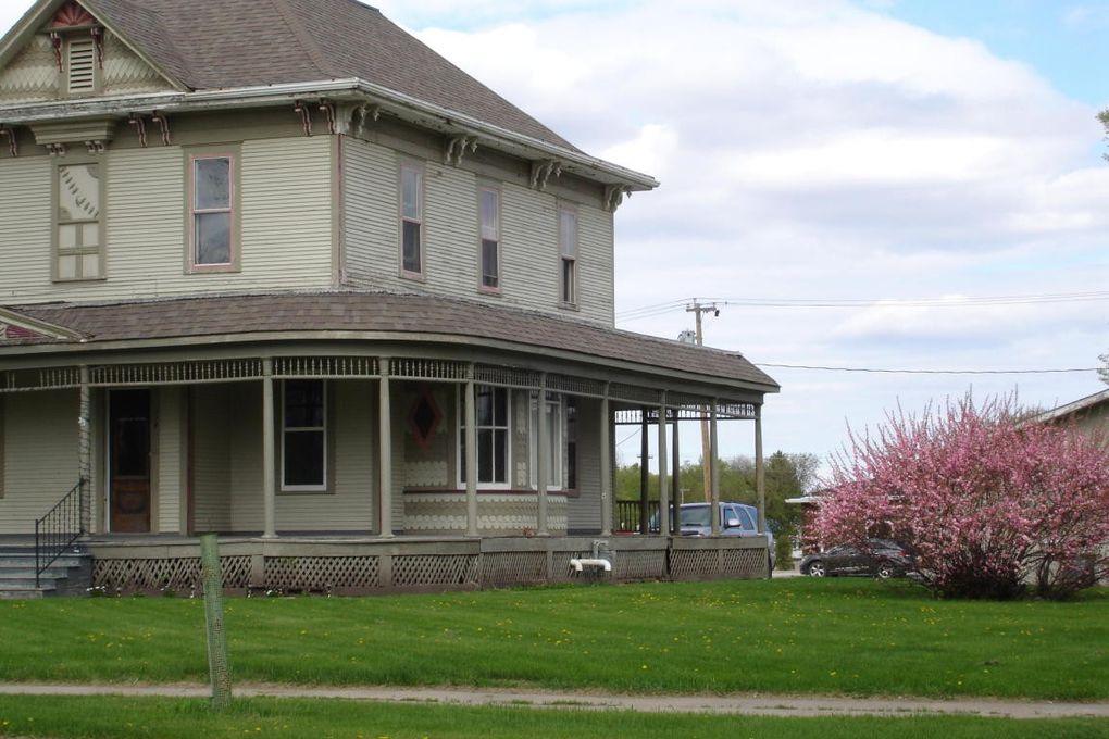 114 Briggs Ave S, Park River, ND 58270 - realtor.com®