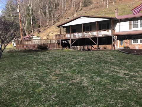 Photo of 1096 Harmony Dr, Big Rock, VA 24603