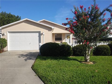 Photo of 2621 Botello Ave, The Villages, FL 32162