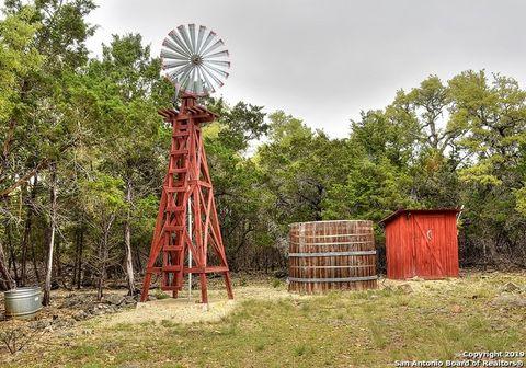 Photo of 104 Highland Woods, Boerne, TX 78006