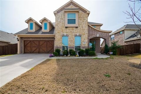 Photo of 324 Tumbleweed Trl, Waxahachie, TX 75165