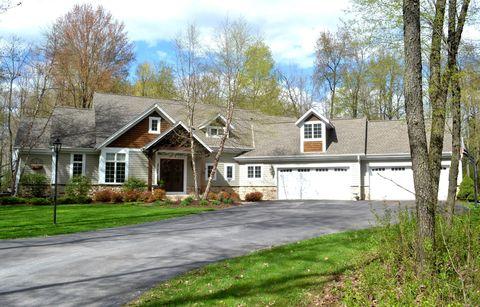 Marvelous North Lake Wi Real Estate North Lake Homes For Sale Home Remodeling Inspirations Gresiscottssportslandcom