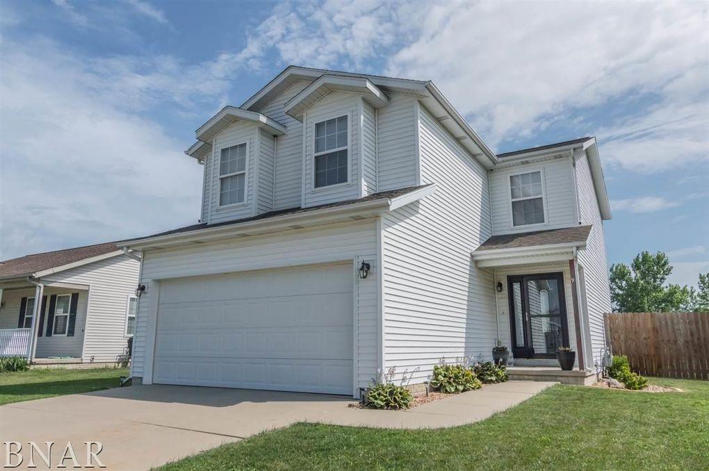 9 Fuller Ct, Bloomington, IL 61705