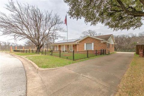 4708 Crestover St, Haltom City, TX 76117
