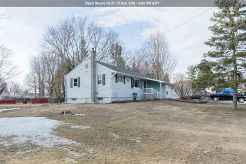 Photo of 1 Tryon St, Glenville, NY 12302