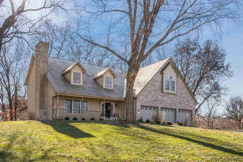 3725 Forest Gate Dr NE Iowa City, IA 52240