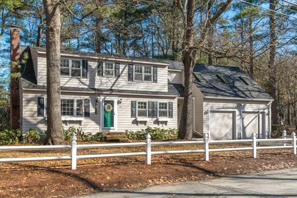 22 Country Rd, Westford, MA 01886