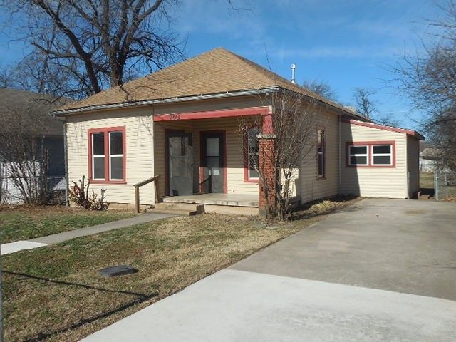 703 sw summit ave lawton ok 73501 for Home builders in lawton ok