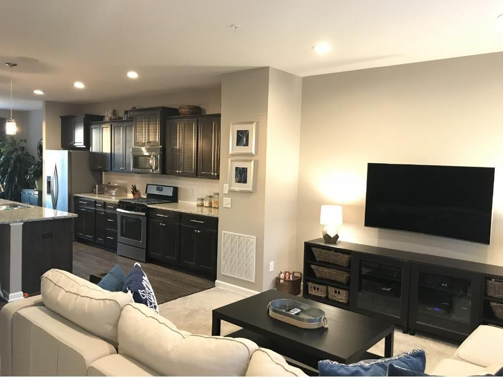 Superieur 15437 Eames Way, Apple Valley, MN 55124