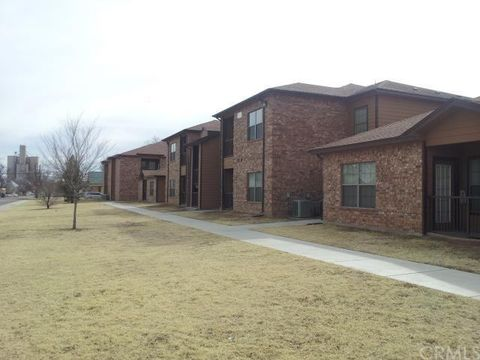402 W 4th St, Hereford, TX 79045