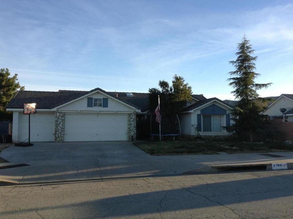 5842 Travis Paul Dr, Quartz Hill, CA 93536