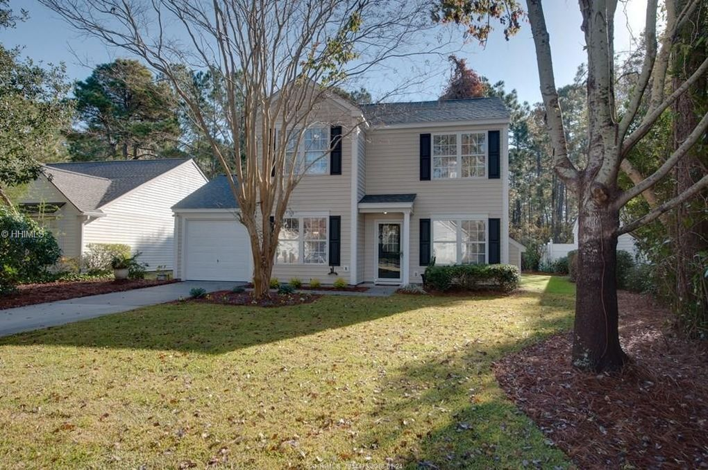 lake linden lesbian singles Fantastic 2200+ sqft, 4 bdrm, 25 bath family home in lake linden only a golf-cart ride to old town and convenient to the island great open kitchen/family room, formal dining room, first floor office, and four bedrooms upstairs.