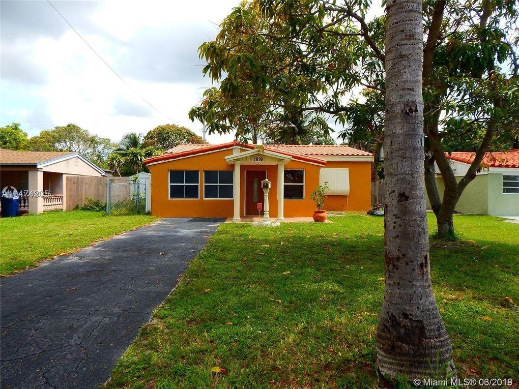 1819 Ne 176th St, North Miami Beach, FL 33162