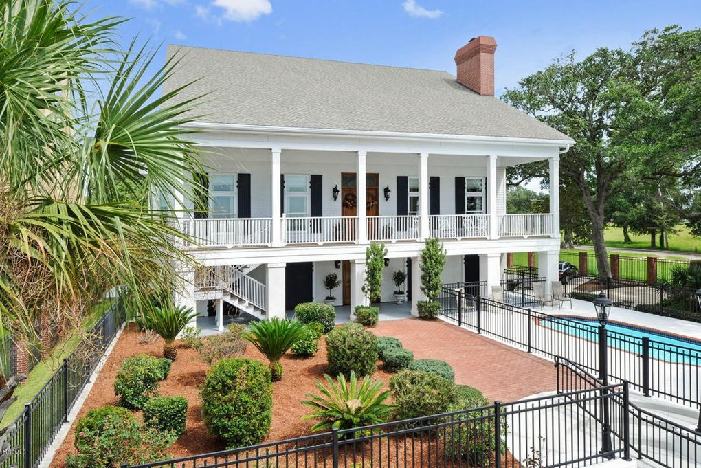 510 Beach Blvd Biloxi Ms 39530 Realtor Com