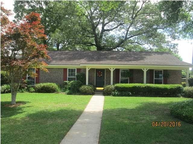 1041 Choctaw Bluff Rd, Mobile, AL 36695