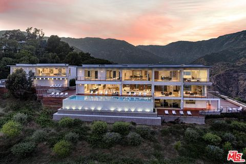 Surprising Malibu Ca Real Estate Malibu Homes For Sale Realtor Com Home Interior And Landscaping Spoatsignezvosmurscom