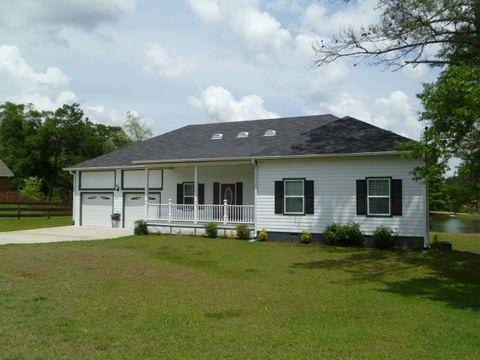 59 County Road 445, Level Plains, AL 36322