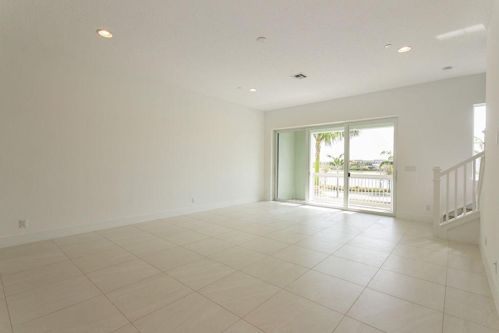 13386 Alton Rd, Palm Beach Gardens, FL 33418