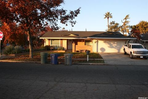609 El Portal Dr  Merced  CA 95340. Page 3   Merced  CA Houses for Sale with Swimming Pool   realtor com