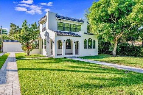 Photo of 1352 Coconut Dr, Fort Myers, FL 33901