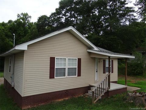 210 River St, High Shoals, NC 28077