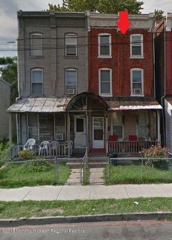272 Walnut Ave, Trenton, NJ 08609