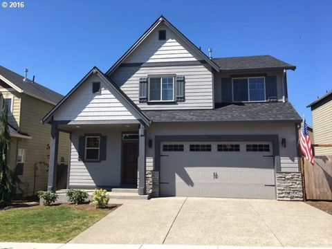 37135 Green Mountain St, Sandy, OR 97055