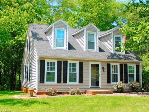 545 Mountainbrook Dr, King, NC 27021