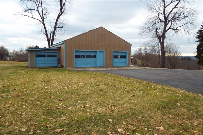 3009 Mc Millan Rd, Robinson Township, PA 15205