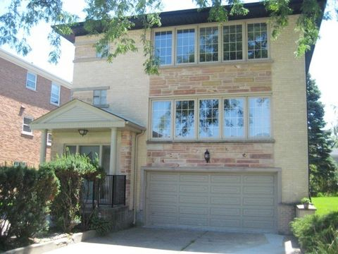 Photo of 3315 W Columbia Ave Unit 2, Lincolnwood, IL 60712