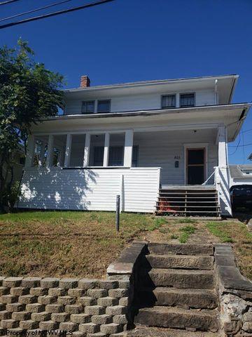 805 Price St, Morgantown, WV 26505