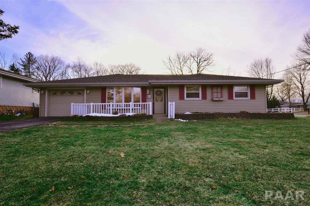 1604 Springfield Rd, East Peoria, IL 61611