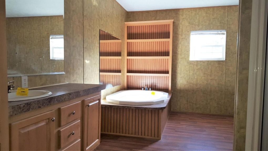 Bathroom Remodels Knoxville 6117 perry rd # a, knoxville, tn 37914 - realtor®