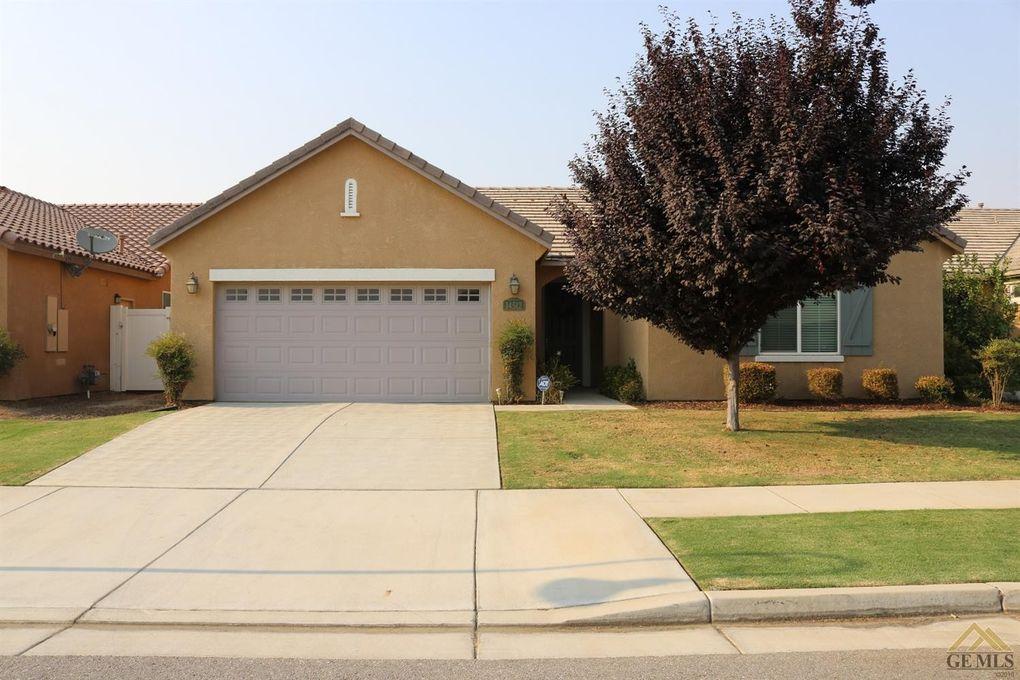 14512 Checkerbloom Dr, Bakersfield, CA 93314