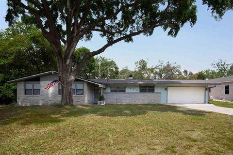 Photo of 430 Cumberland Ave, Gulf Breeze, FL 32561