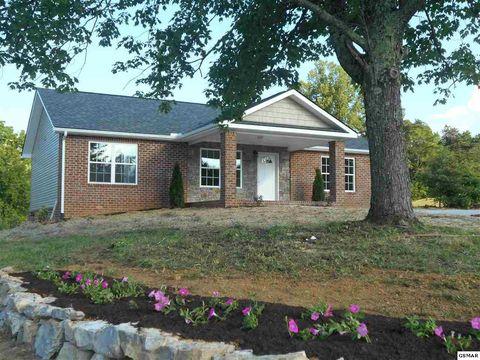 Photo of 1001 Briar Ridge Ln, Strawberry Plains, TN 37871