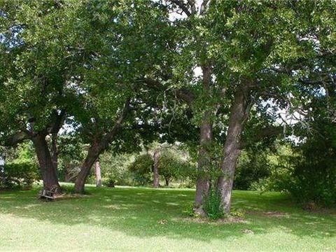 Photo of 1352 Roanoke Rd, Keller, TX 76262