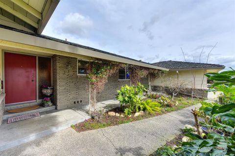High Quality Photo Of 6925 Sierra Bonita Way, Sacramento, CA 95831. House For Sale