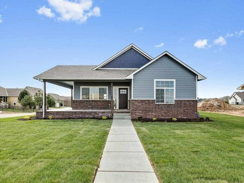 Photo of 5239 N Colonial Ave, Bel Aire, KS 67226