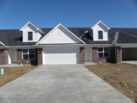 Photo of 6639 Woods Mill Dr, Louisville, KY 40272