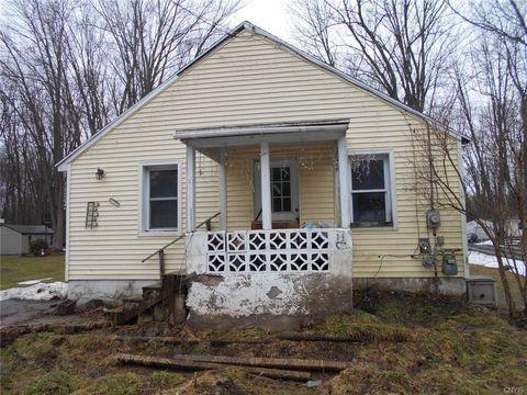 Photo of 7723 Morgan Rd, Baldwinsville, NY 13027