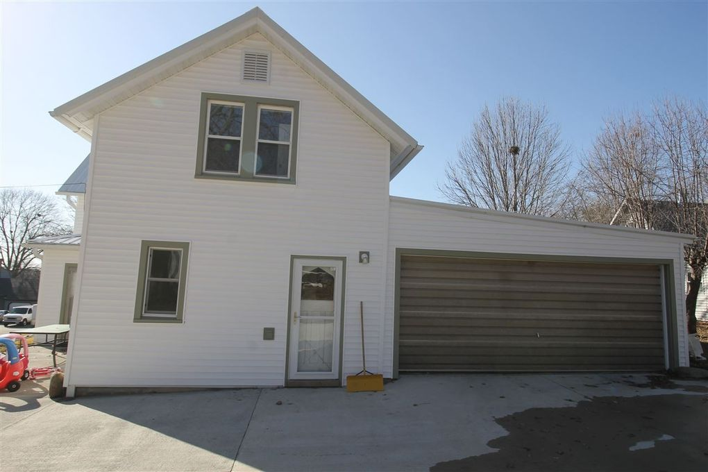 308 High St, Williamsburg, IA 52361