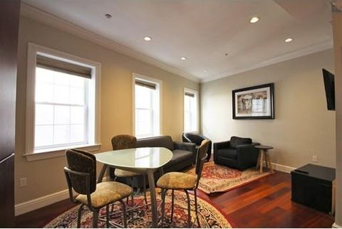 137 Salem St Apt 2, Boston, MA 02113