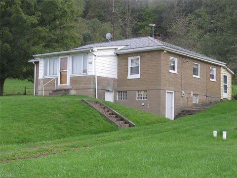 3680 Roxford Church Rd Se, Dennison, OH 44621