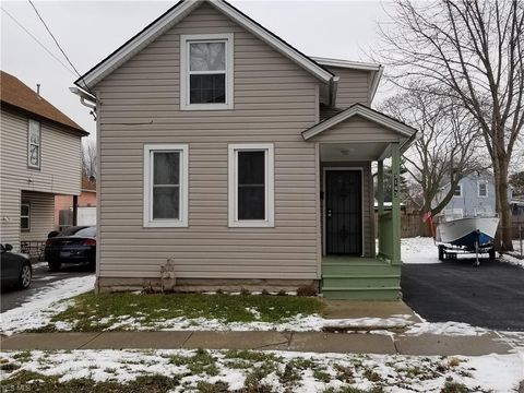 3143 W 56th St, Cleveland, OH 44102