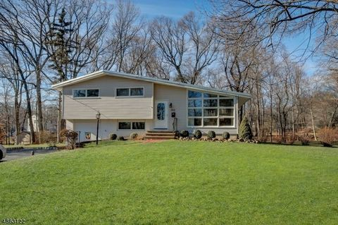 190 Wingate Rd, Parsippany Troy Hills Township, NJ 07054